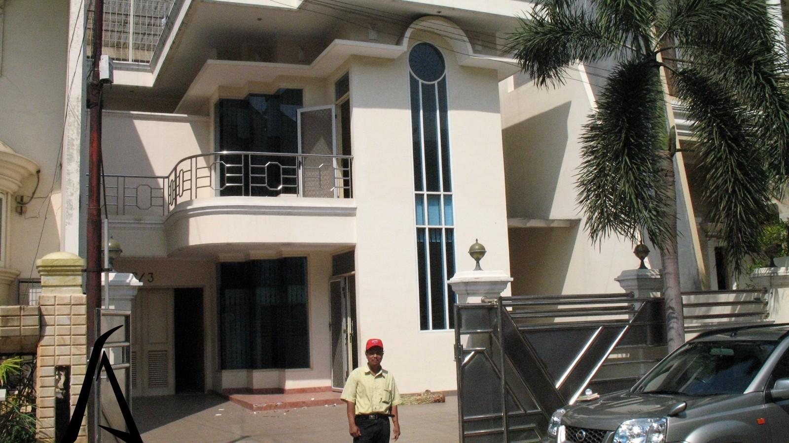 Architecture-House-Jakarta-Kelapa Gading-Before-01